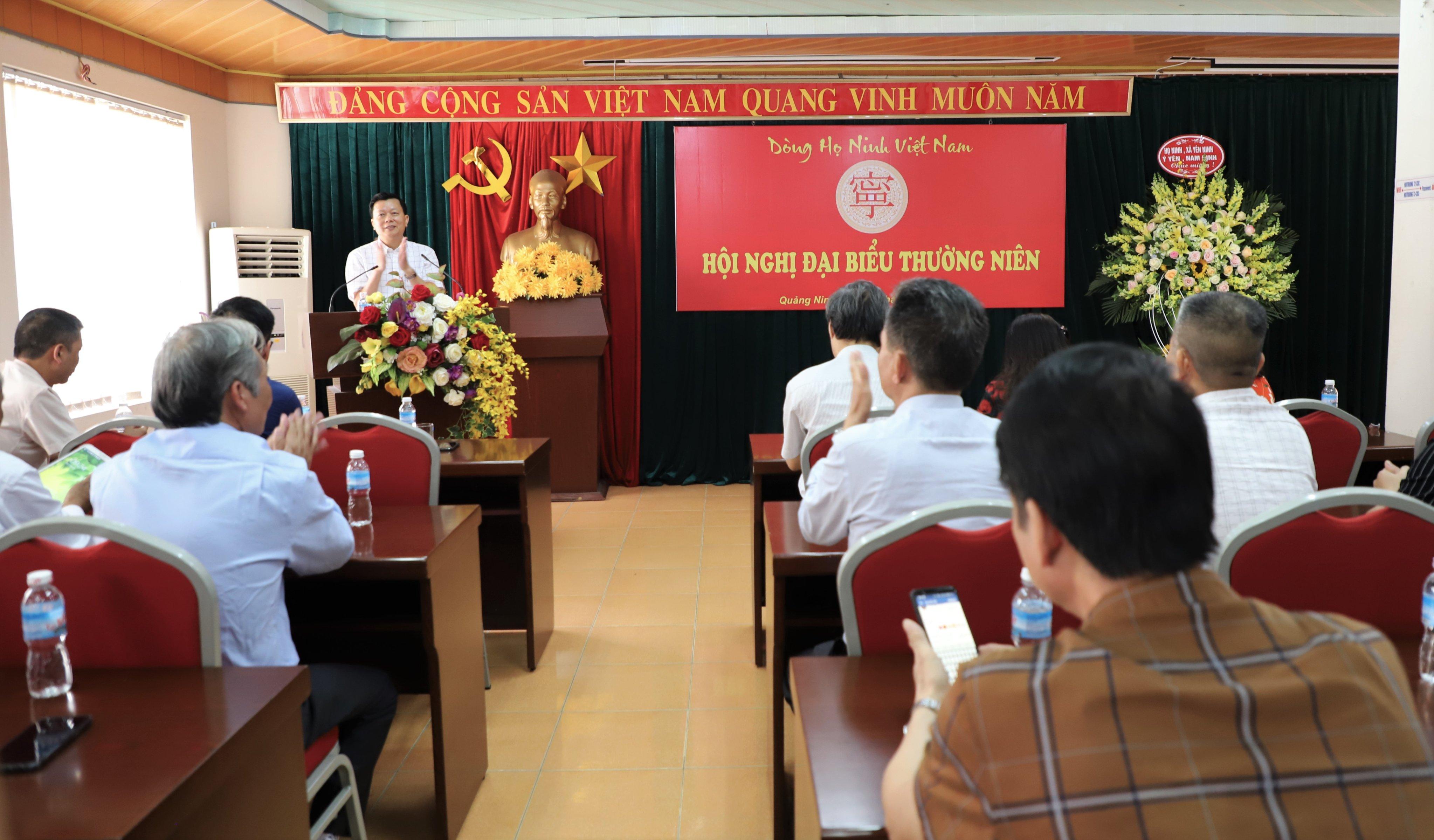 Ông Ninh Văn Chủ, chủ nhà của đại hội 2019 phát biểu khai mạc đại hội
